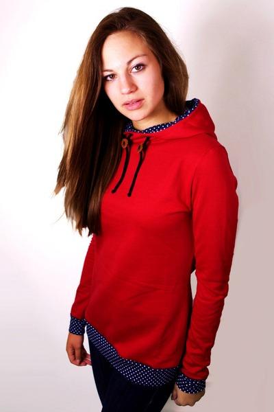 Bio Hoodie Marize rot / blau gepunktet