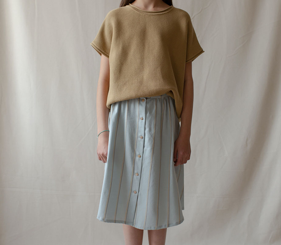 WAVE Button Skirt