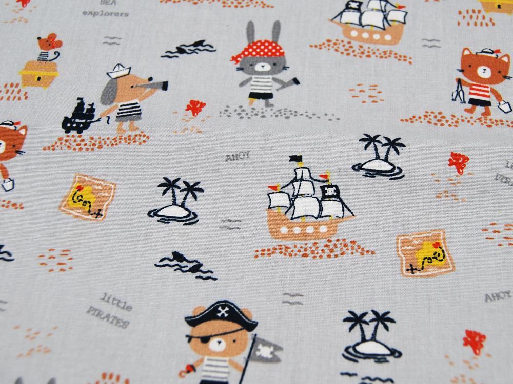 Baumwolle Pirates Niedliche Piraten auf Hellgrau
