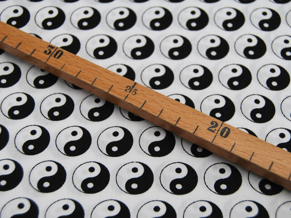Baumwolle Yin Yang Zeichen auf Weiß