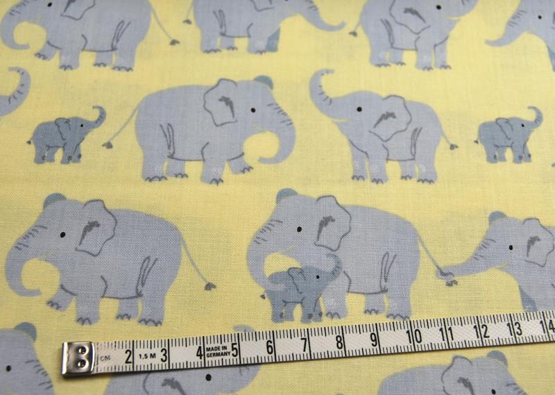 Wild Adventure - Elefantenfamilie Baumwolle - 0,5m - 4