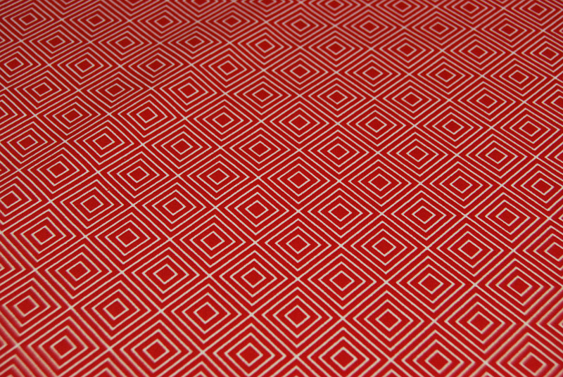 Square - Quadrate auf Rot - Baumwolle 0,5m