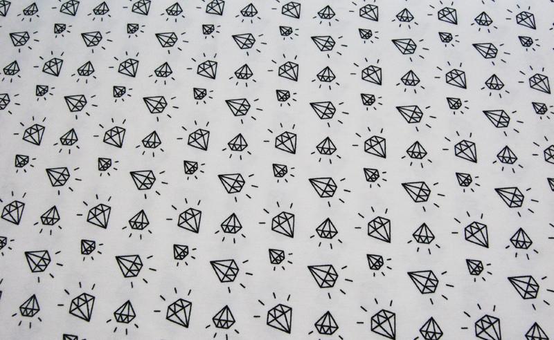 JERSEY - Diamantenmuster auf Weiß 0,5m