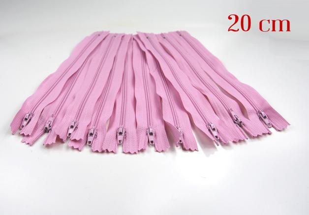 10 x 20cm rosa Reissverschluesse
