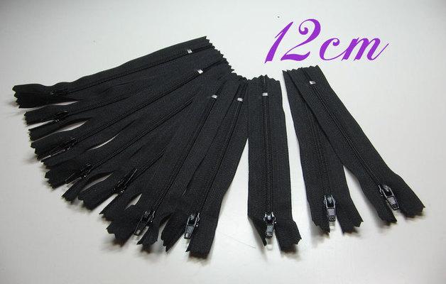10 x 12cm schwarze Reißverschlüsse
