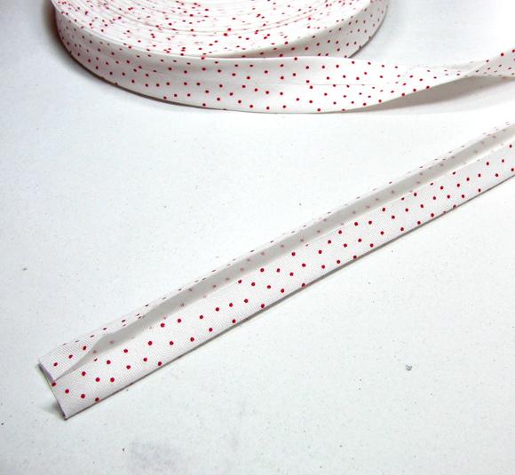 3m Schrägband: klitzekleine rote Punkte auf