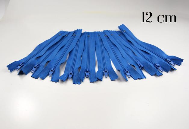 10 x 12cm hellblaue Reissverschluesse