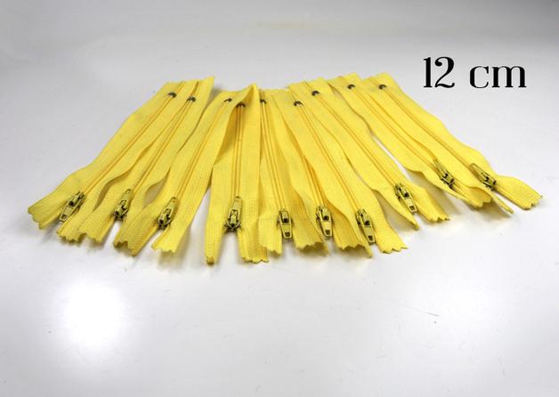 10 x 12cm vanillefarbene Reißverschlüsse - 1