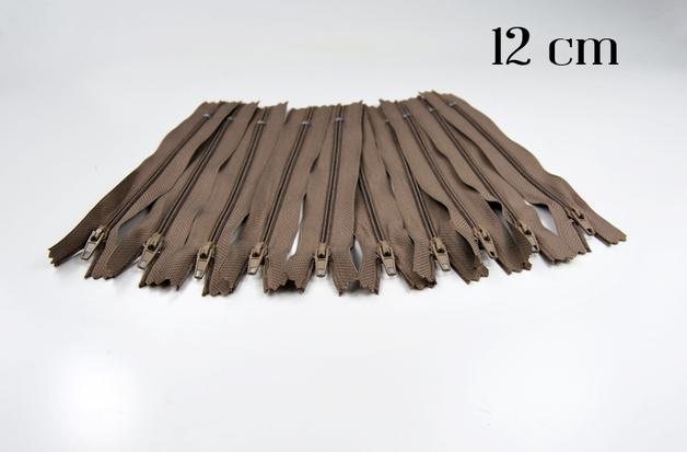 10 x 12cm milchkaffeefarbene Reissverschluesse