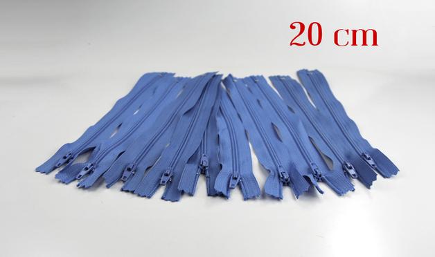 10 x 20cm hellblaue Reißverschlüsse