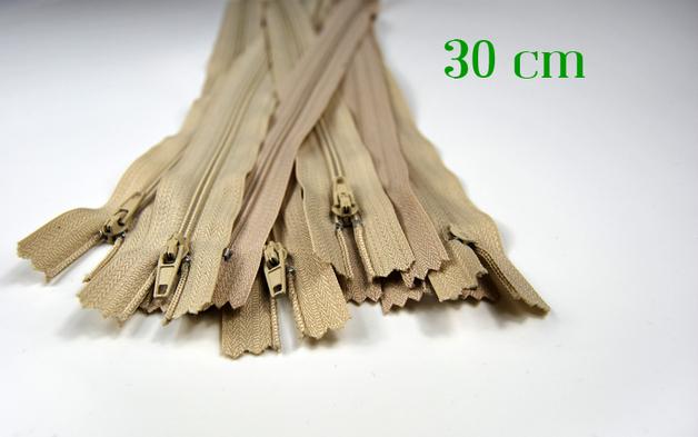 10 x 30 cm hellbeige Reissverschluesse