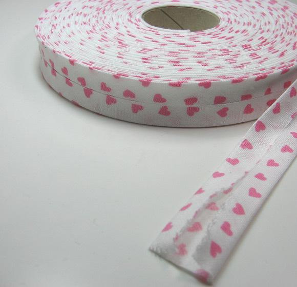 Schraegband 1 Meter Weiss mit rosa Herzen