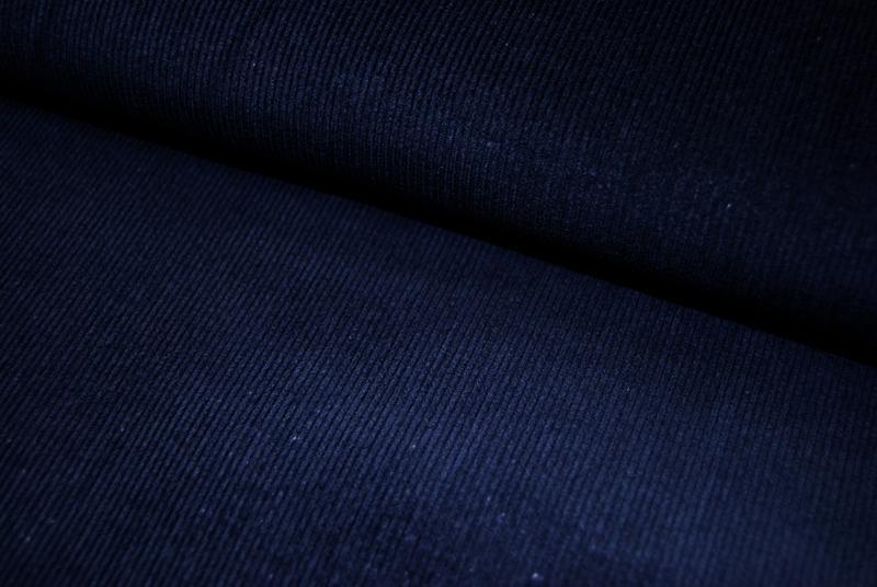 Nachtblauer Feincord 0 5m