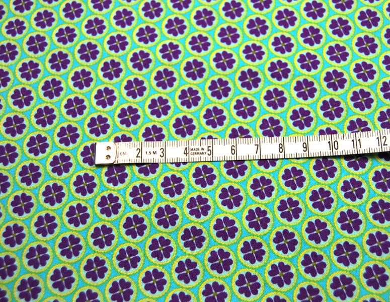 Blumenherz - Lila auf Grün - Baumwolle 0,5m - 3