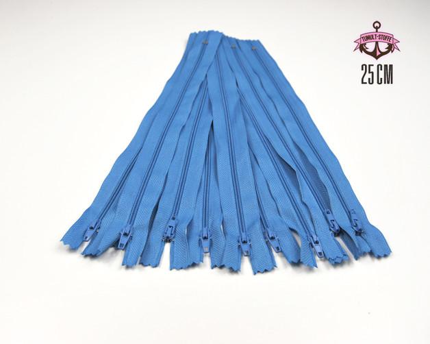 10 x 25 cm hellblaue Reissverschluesse