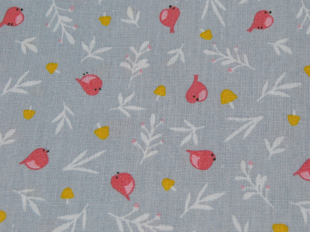 Lovely Birds Vögel auf Hellgrau Baumwolle
