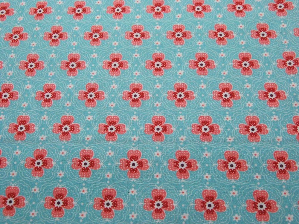Beschichtete Baumwolle - Blumenmuster auf Hellblau 50x68 cm - 1