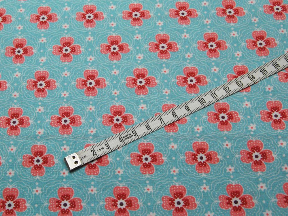 Beschichtete Baumwolle - Blumenmuster auf Hellblau 50x68 cm - 2
