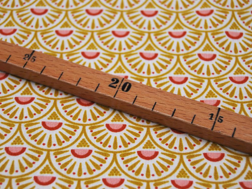 Baumwolle Retro Graphic Ecru Senf- Meter