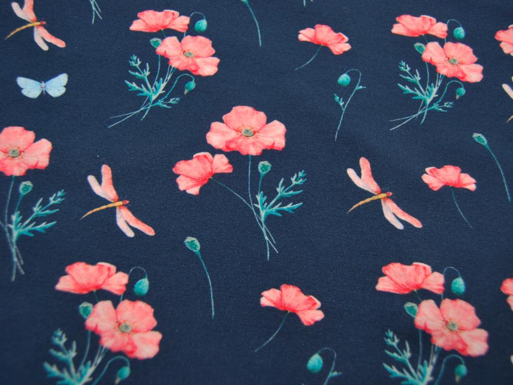 Jersey Mohnblumen und Libellen auf Dunkelblau