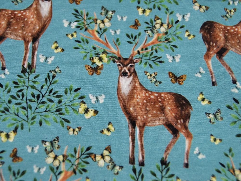 JERSEY Hirsche und Schmetterlinge auf Hellblau