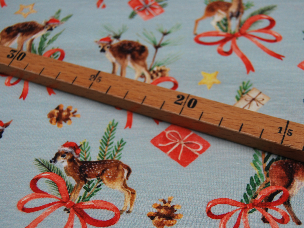 Jersey Christmas Deer Weihnachtliche Rehe Meter