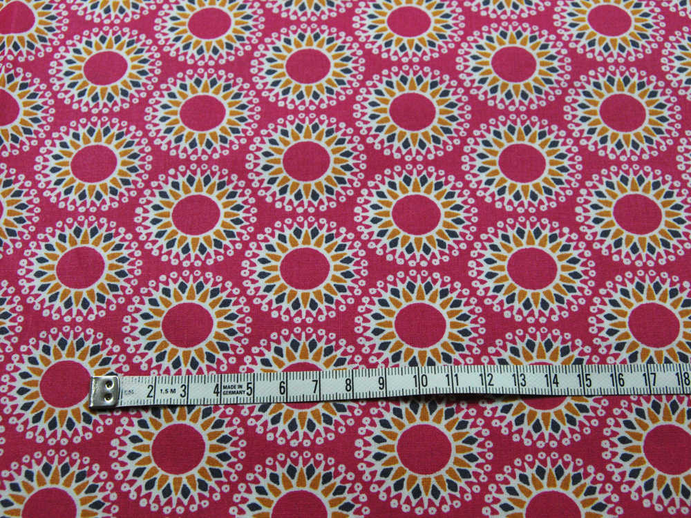 Beschichtete Baumwolle - Mandala auf Fuchsia 50 x75 cm - 2