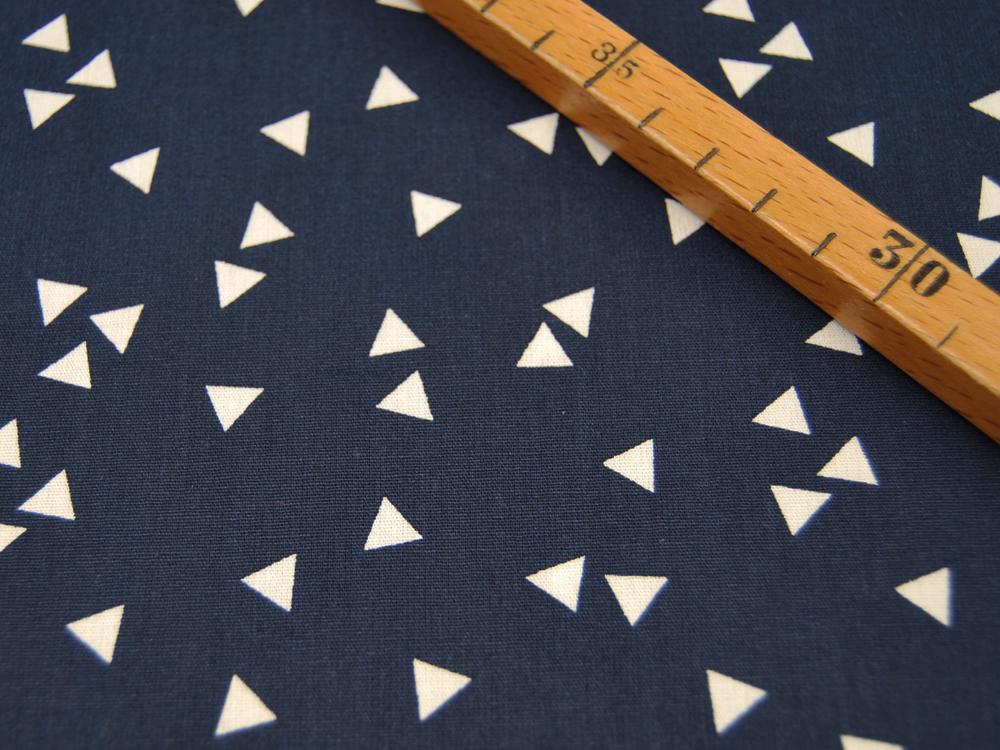 Triangle Dreiecke auf Nachtblau Baumwolle 050m