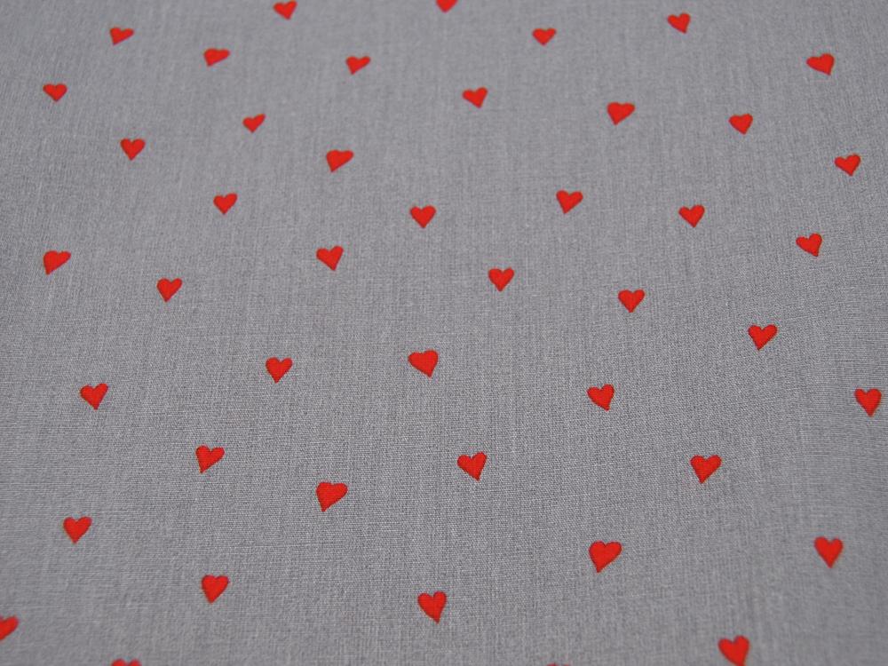 Beschichtete Baumwolle Herzen Rot auf Grau