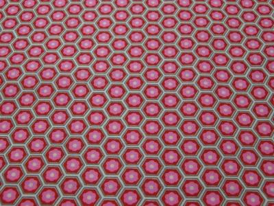 Beschichtete Baumwolle -Blumen in Waben - Rosa-Rot 50 x75 cm