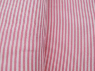 Beschichtete Baumwolle Kirsche auf dunklem Pink 50 x 67cm