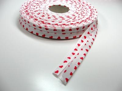 Schraegband 1 Meter - weiss mit roten Herzen - 2 cm breites Schraegband