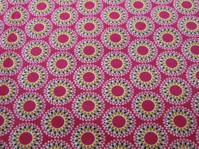Beschichtete Baumwolle - Mandala auf Fuchsia 50 x75 cm