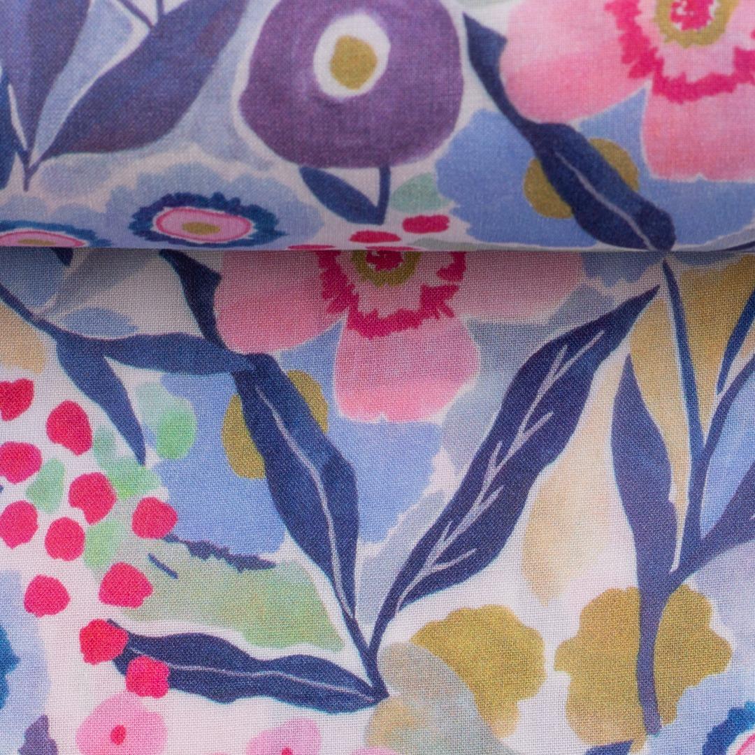 05m Viskose Mila bunte Blumenwiese weiß