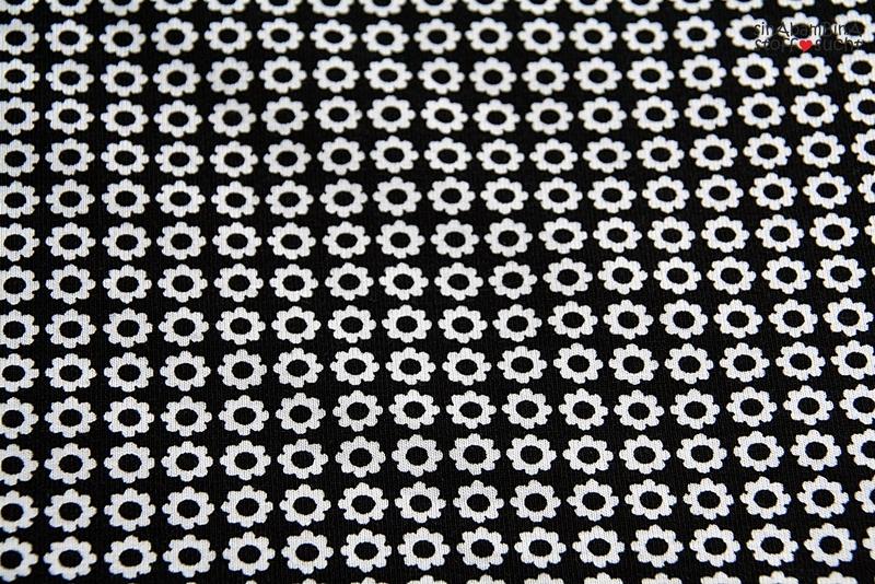 05m Lillestoff Jersey Small Flowers schwarz - 3