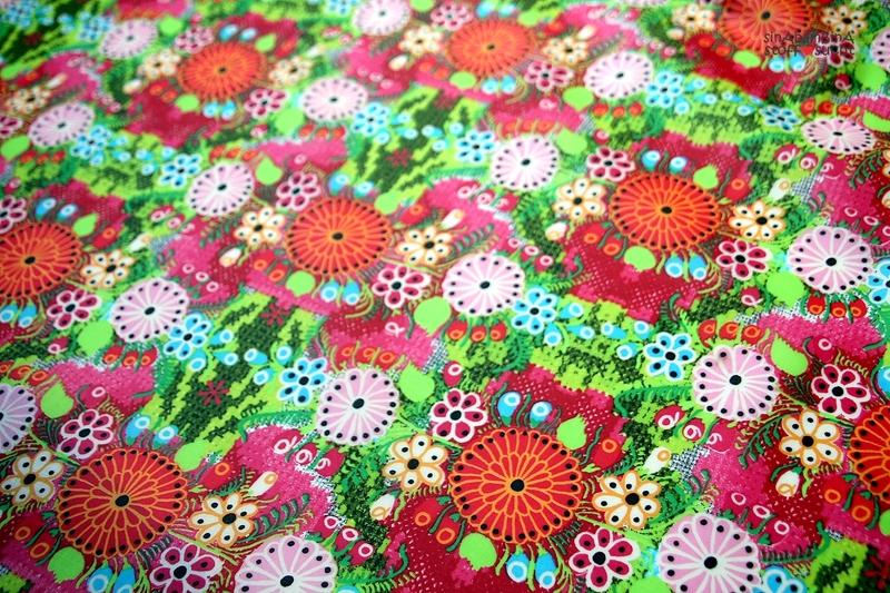 0,5m Beschichtete Baumwolle PU Blumen bunt - 1