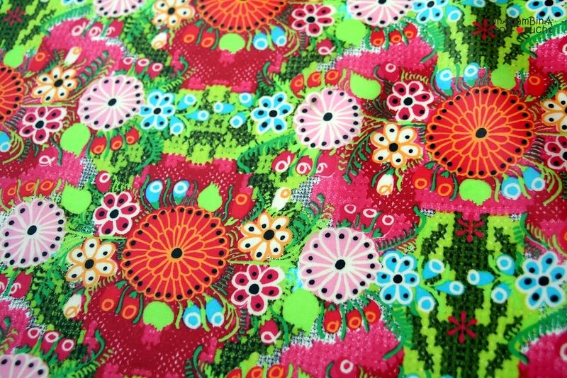 0,5m Beschichtete Baumwolle PU Blumen bunt