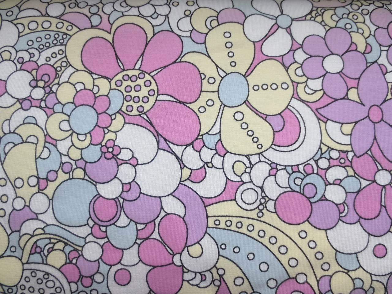 05m Jersey UV Farbwechslerstoff Moderne Blüten