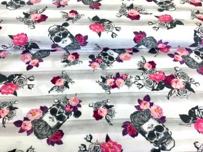 05m BW Hipster Skull Streifen Blumen