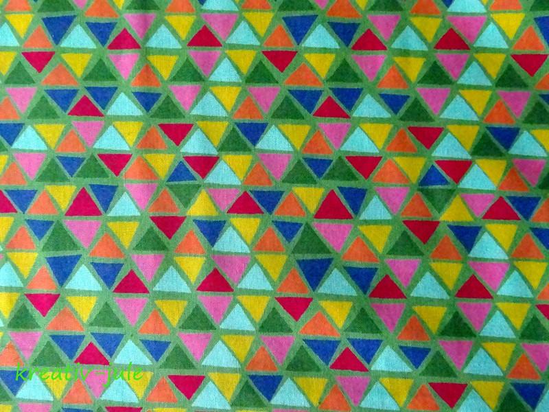 Baumwolle Jette bunte Dreiecke auf grün - 2