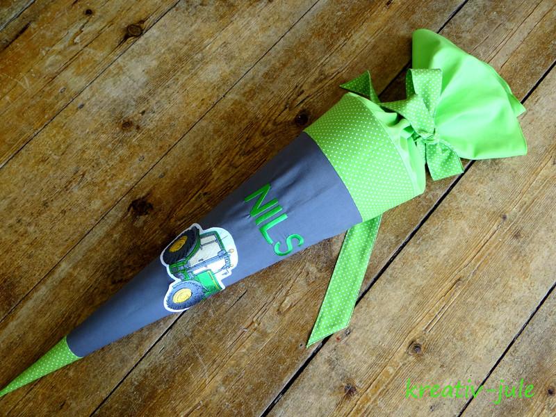 Schultüte Trecker Zuckertüte grau grün Trecker