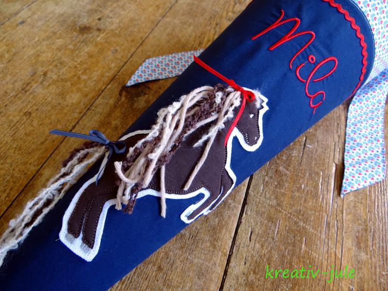 Schultüte Pferd blau rot Kleeblatt