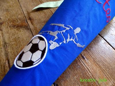 Schultuete Fussball Zuckertuete royalblau gruen Stoff