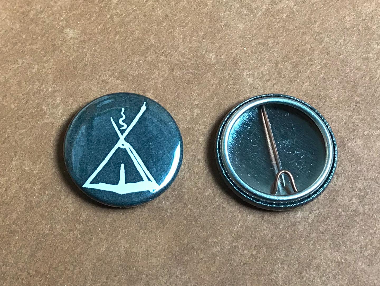 Button mit Kohte 3cm Durchmesser