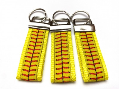 Softball Schlüsselanhänger - gelb - kurz