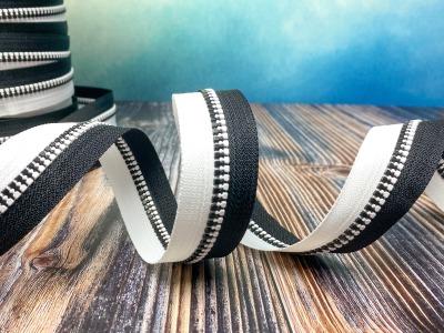 Endlos-Reißverschluss schwarz-weiß - Eigenproduktion - 20