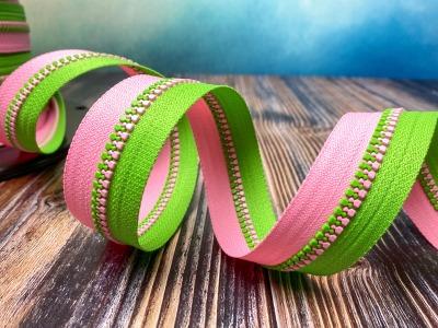 Endlos-Reißverschluss apfelgrün-rosa - Eigenproduktion - 20
