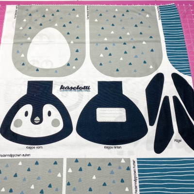 Tierbeutel Pinguin von Käselotti Canvas 100