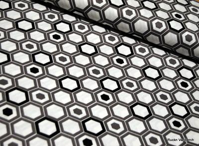 5584 Camelot Design USA grau weiß Sechseck
