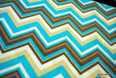 5745 Baumwolle Camelot Design Kabloom Chevron